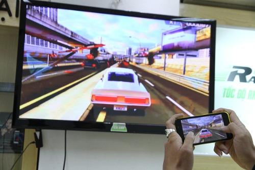 LG G3 khi kết nối với tivi màn hình lớn.