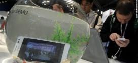 """Công nghệ chống nước cho điện thoại trở thành vấn đề """"HOT"""" tại MWC 2014"""