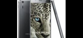 Màn hình Sky A870 có chất lượng thấp hơn màn hình Samsung S4
