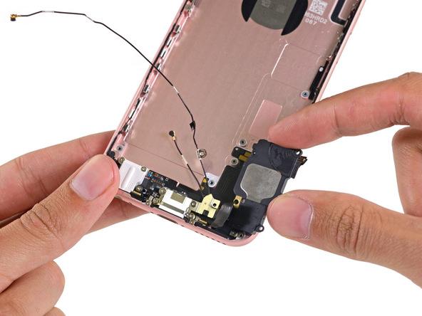 mo-bung-iphone-6s-rose-gold-kha-de-sua-chua (17)