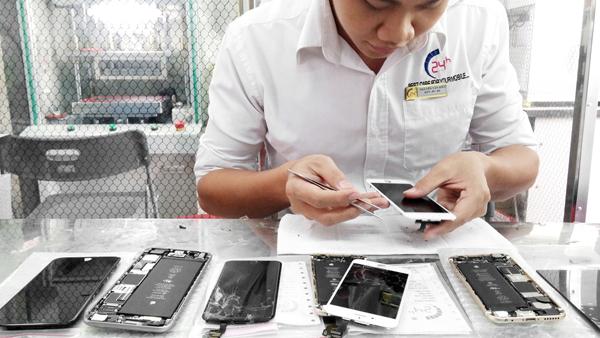 thay mat kinh man hinh iphone 6 iphone 6 plus (1)
