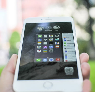 iphone-bi-thay-man-hinh