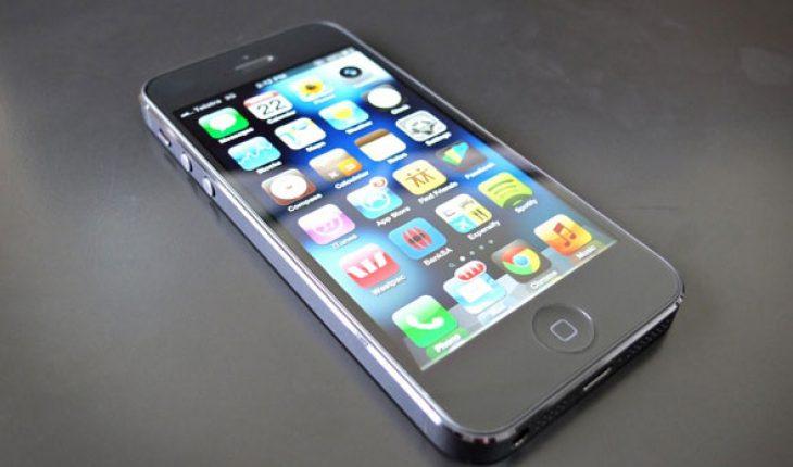 thay phản quang iPhone 5 hinh 2