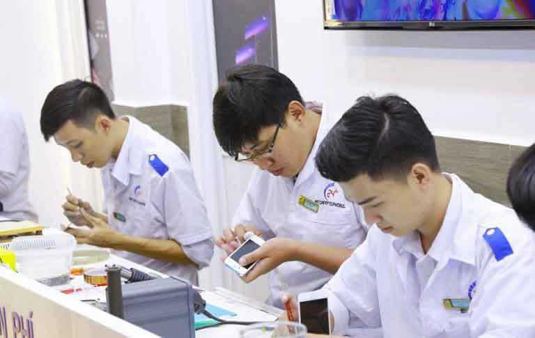 Thay màn hình mặt kính Samsung S9, S9 Plus lấy liền uy tín nhất tại Hà Nội và TPHCM hình 5